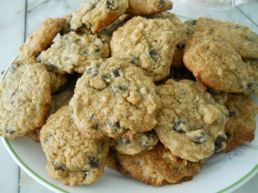 lowfat_chocolate_chip_cookies5_little_house_dunes