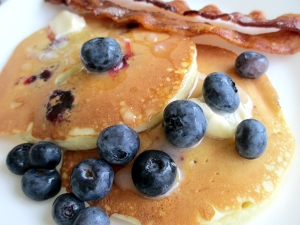 blueberrycheesepancakes1_little-house-dunes
