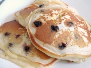 blueberrycheesepancakes3_little-house-dunes