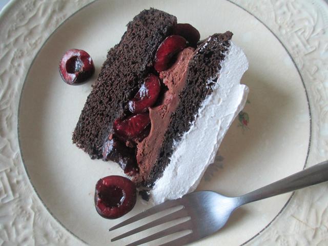 chocolatecherrycake17_little-house-dunes